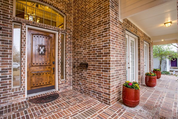 4035 Highgrove Drive, Dallas, TX - USA (photo 2)