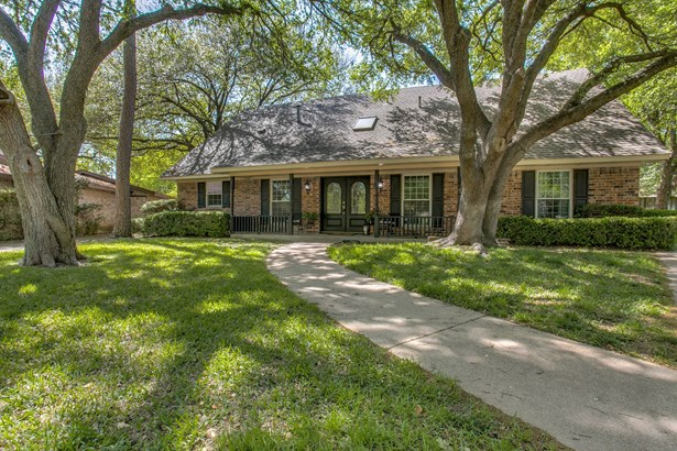 7517 Vista Ridge Court, Garland, TX - USA (photo 2)