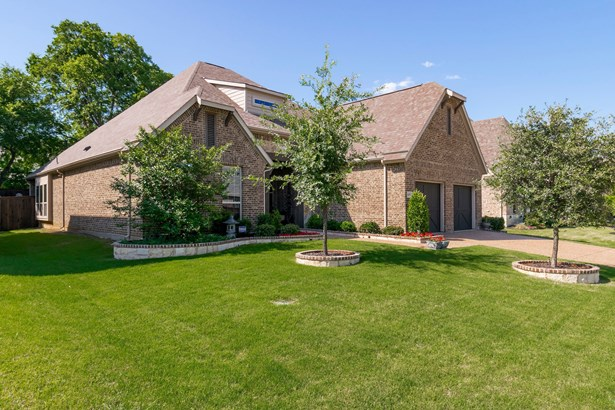 609 Colby Drive, Mansfield, TX - USA (photo 2)