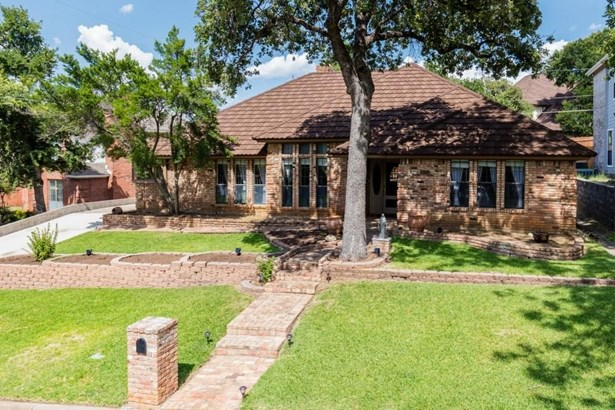 6624 Townlake Circle, Arlington, TX - USA (photo 1)
