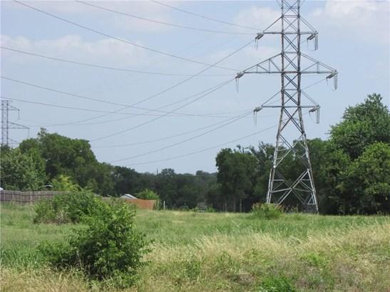 401 W Byron Nelson Boulevard, Roanoke, TX - USA (photo 3)