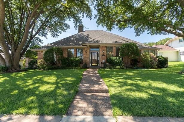 1708 Cross Bend Road, Plano, TX - USA (photo 1)