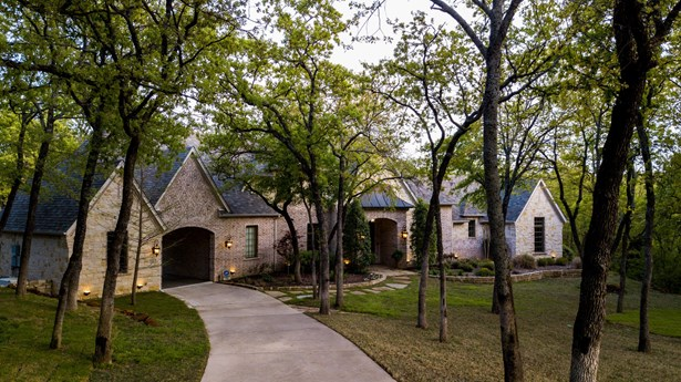 5475 Summit Trace Drive, Aubrey, TX - USA (photo 1)