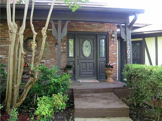 1202 Millbrook Drive, Arlington, TX - USA (photo 3)