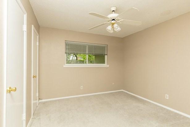 1601 Arrowhead Drive, Pantego, TX - USA (photo 2)