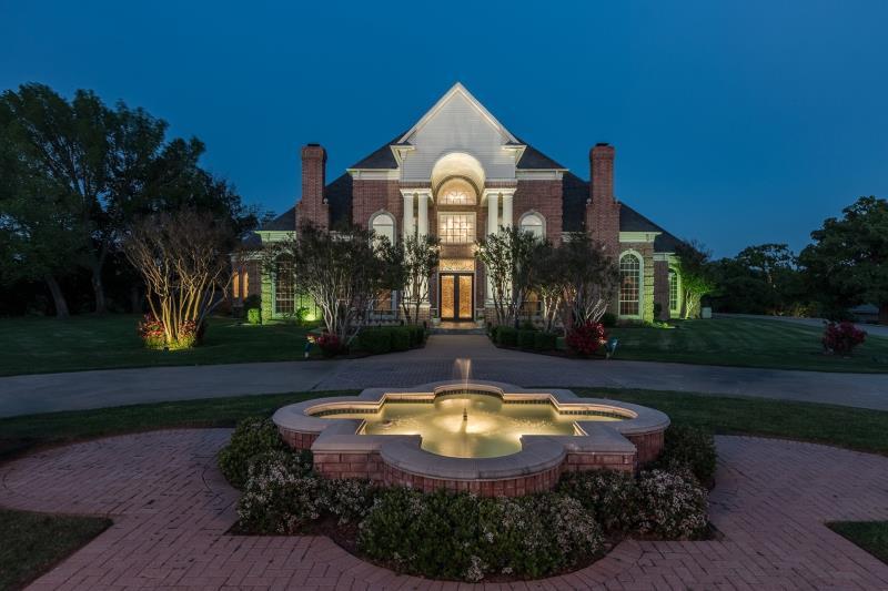 10 Home Place Court, Dalworthington Gardens, TX - USA (photo 1)