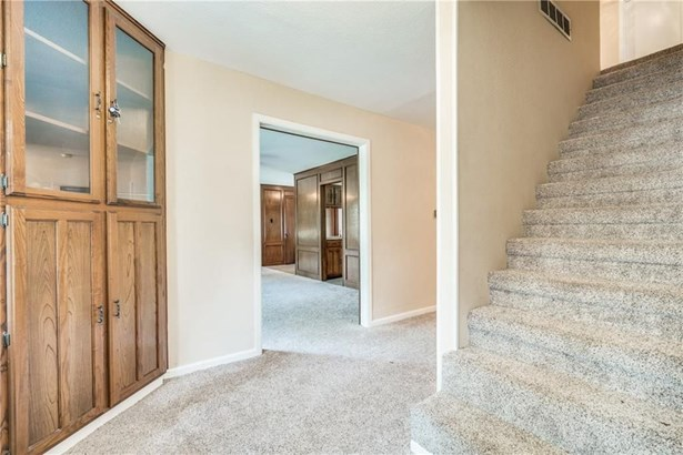 1213 Woodleigh Drive, Irving, TX - USA (photo 4)
