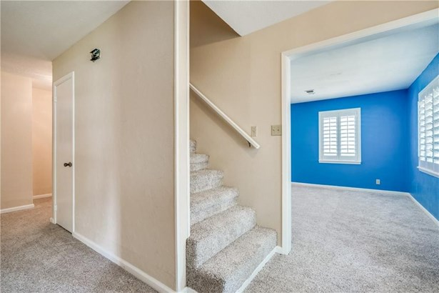 1213 Woodleigh Drive, Irving, TX - USA (photo 5)