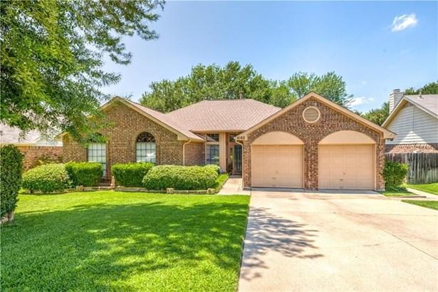 4162 Mapleridge Drive, Grapevine, TX - USA (photo 1)