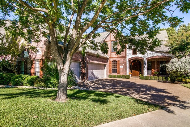 1219 Winding Brook Drive, Garland, TX - USA (photo 1)