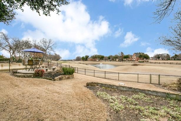 210 Fairway Meadows Drive, Garland, TX - USA (photo 1)