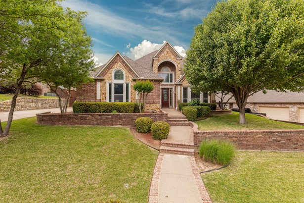 4 Crestlake Court, Mansfield, TX - USA (photo 4)