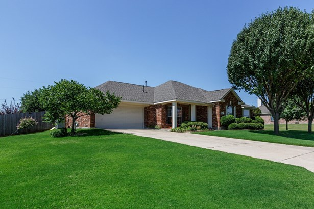 112 Clydesdale Drive, Fate, TX - USA (photo 2)