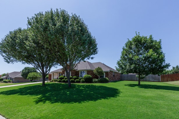 112 Clydesdale Drive, Fate, TX - USA (photo 3)