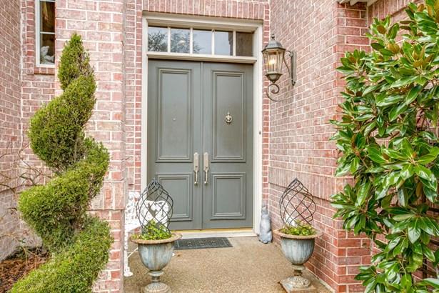 17307 Village Lane, Dallas, TX - USA (photo 2)