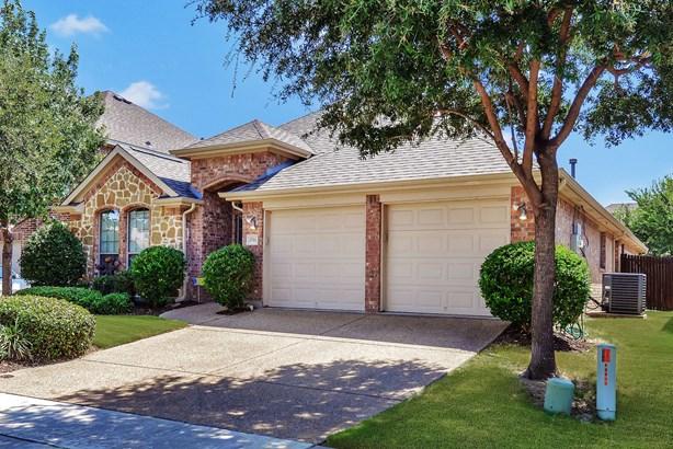 2711 Cove Drive, Grand Prairie, TX - USA (photo 4)