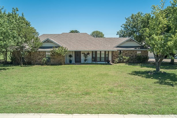 2322 E Brown Street, Wylie, TX - USA (photo 1)