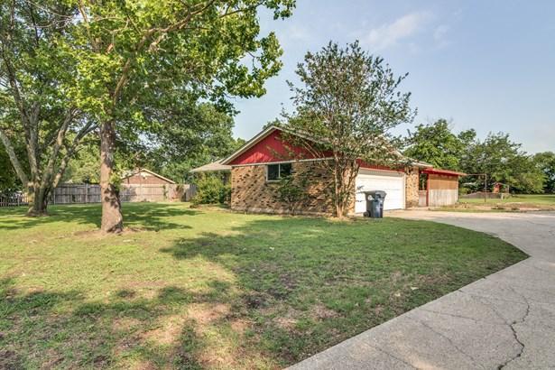 4708 E University Drive, Denton, TX - USA (photo 2)