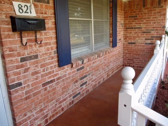 821 Circle Drive, Terrell, TX - USA (photo 3)