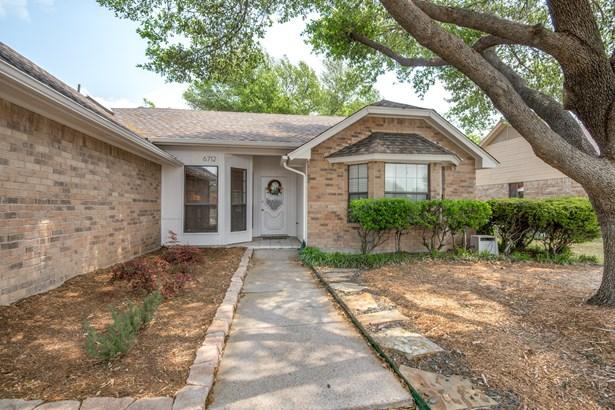 6712 Richfield Drive, North Richland Hills, TX - USA (photo 3)