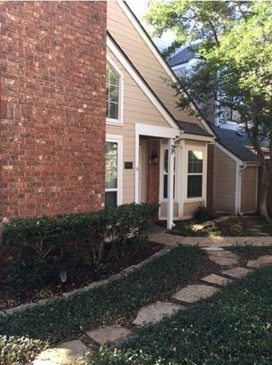 17820 Windflower Way 503, Dallas, TX - USA (photo 2)