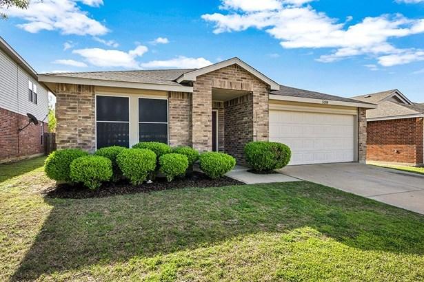 5208 Newcastle Lane, Fort Worth, TX - USA (photo 2)