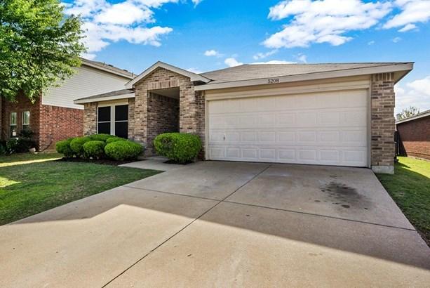 5208 Newcastle Lane, Fort Worth, TX - USA (photo 3)