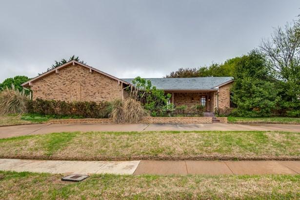 615 Balboa Street, Irving, TX - USA (photo 1)