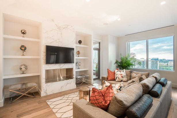 2300 Wolf Street 12d, Dallas, TX - USA (photo 4)