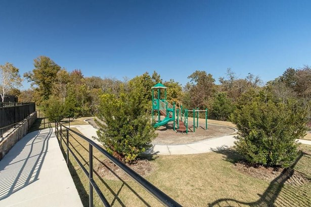 3925 Ramble Creek Drive, Mckinney, TX - USA (photo 4)