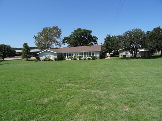 2419 Old Town Road, Whitesboro, TX - USA (photo 2)