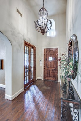 656 Clearwater Drive, Irving, TX - USA (photo 4)
