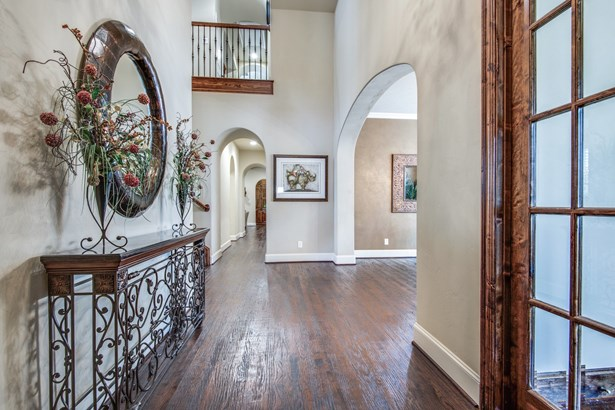 656 Clearwater Drive, Irving, TX - USA (photo 5)
