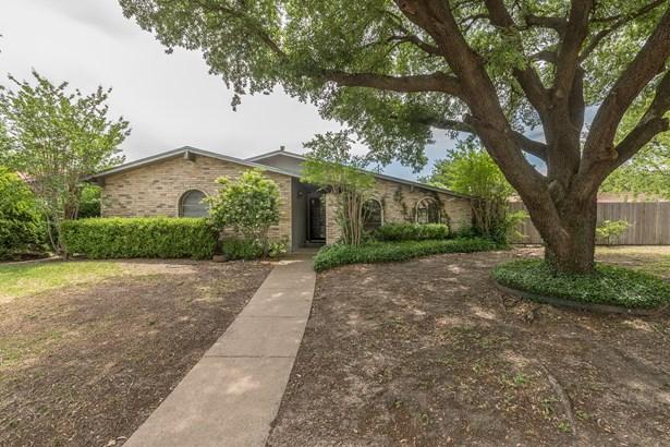 745 Greenhill Lane, Grand Prairie, TX - USA (photo 1)