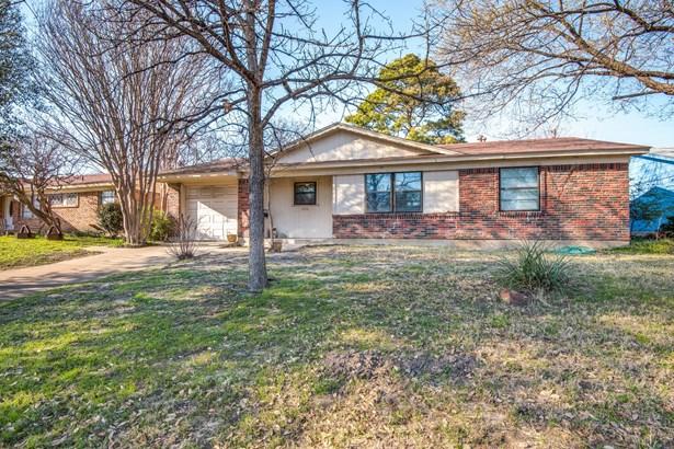 2705 Cunningham Street, Irving, TX - USA (photo 2)