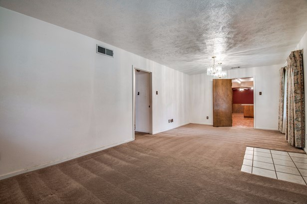 5315 Mona Lane, Dallas, TX - USA (photo 5)