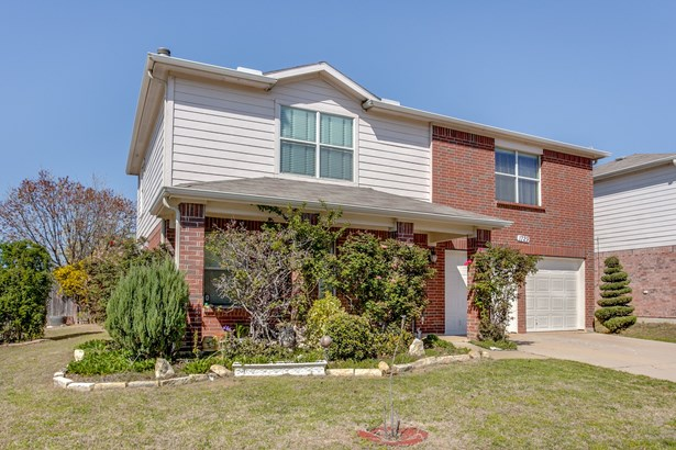 1729 White Feather Lane, Fort Worth, TX - USA (photo 2)