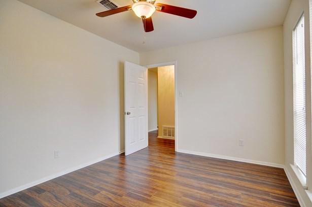 5124 Cloyce Court, North Richland Hills, TX - USA (photo 4)