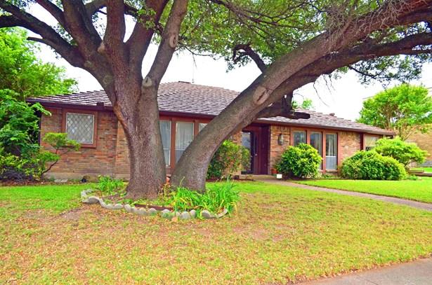 9684 Fallbrook Drive, Dallas, TX - USA (photo 1)