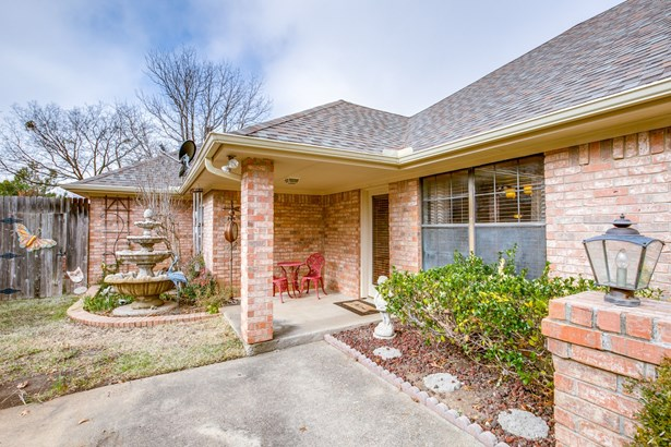 715 Meadowbrooke Circle, Duncanville, TX - USA (photo 3)