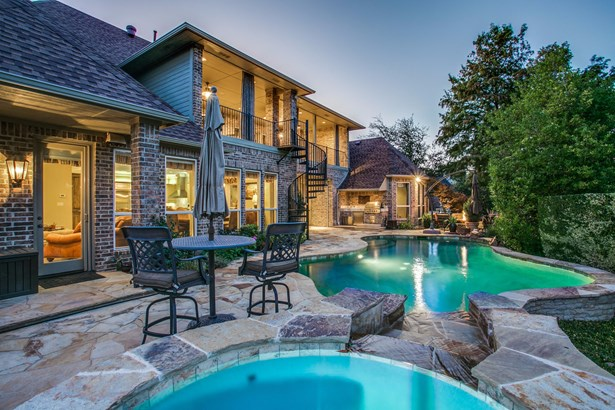 7506 Covewood Drive, Garland, TX - USA (photo 2)