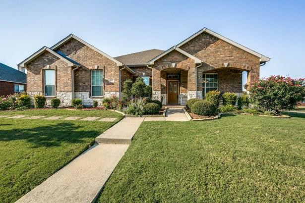 1747 Summerwood Lane, Cedar Hill, TX - USA (photo 1)