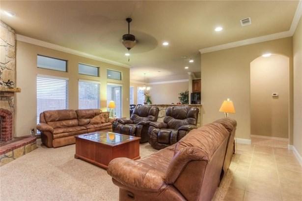 7417 Heights View Drive, Benbrook, TX - USA (photo 5)