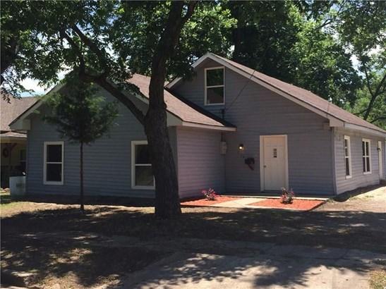 416 E 8th Street, Bonham, TX - USA (photo 1)