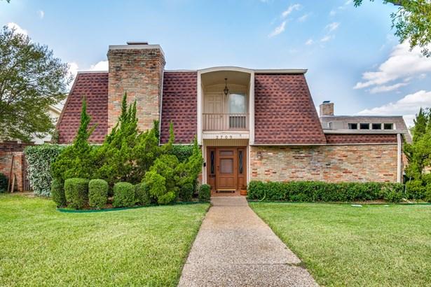 2709 Country Place, Carrollton, TX - USA (photo 1)