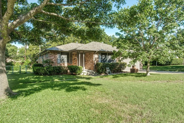 8514 Sweetwater Drive, Dallas, TX - USA (photo 1)