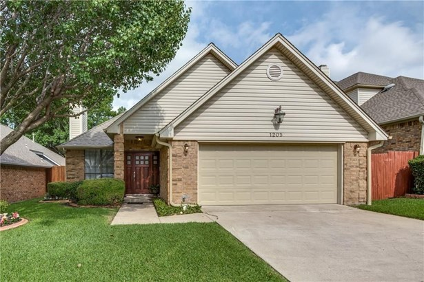 1205 Olde Towne Drive, Irving, TX - USA (photo 1)