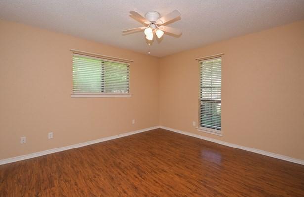 1406 Sherwood Drive, Rowlett, TX - USA (photo 3)