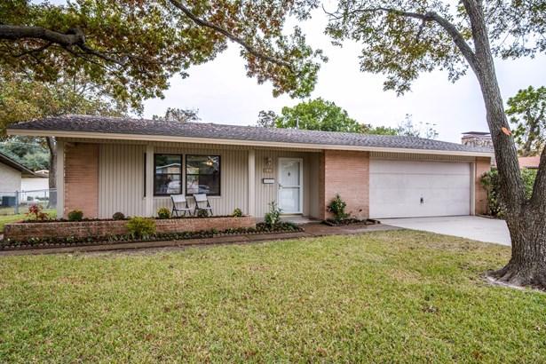 823 Melrose Drive, Richardson, TX - USA (photo 1)