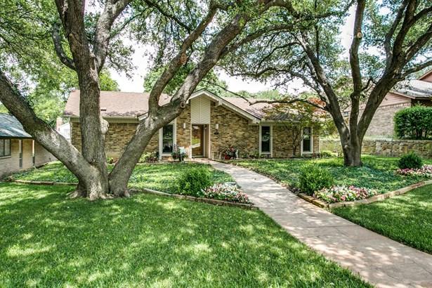 9103 Summer Glen Lane, Dallas, TX - USA (photo 2)